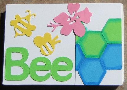 Banner_replica_bee